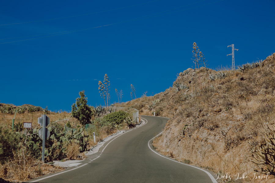 Gran Canaria, a winding road to the mountains
