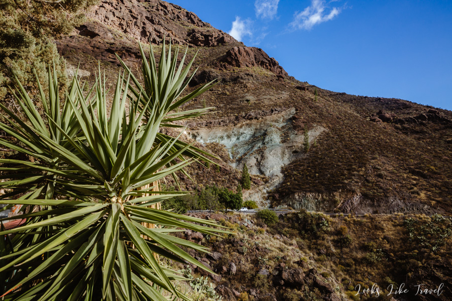 colorful rocks in Gran Canaria