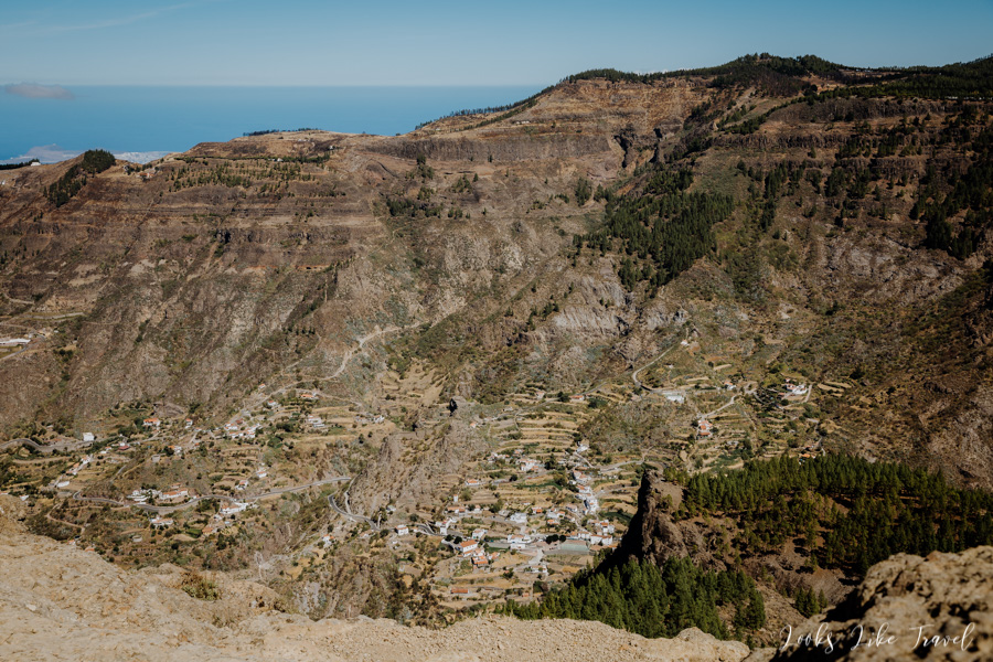 Roque Nublo - views of the picturesque villages
