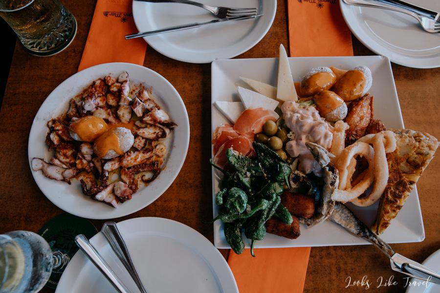 talerz tapas, śniadanie w Hiszpanii
