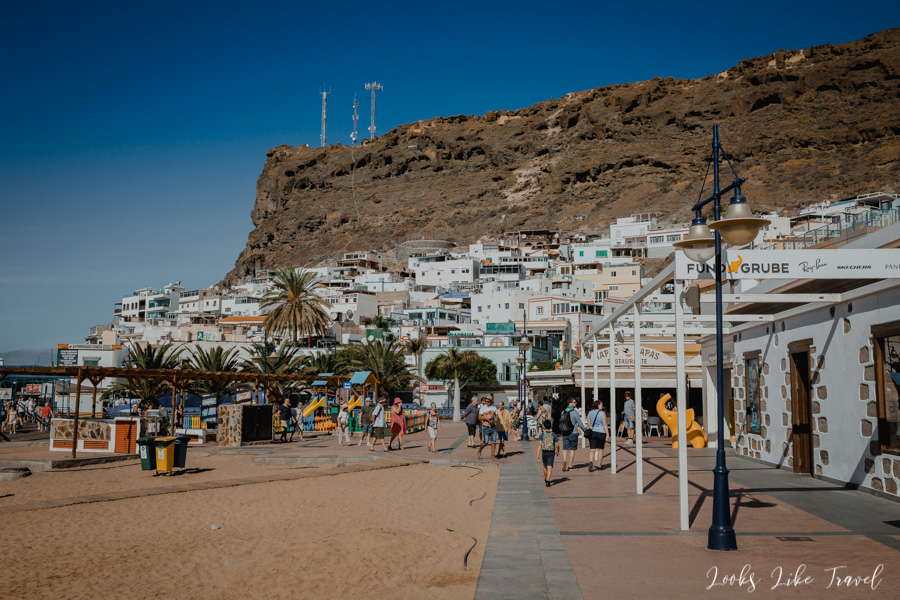 white houses in Puerto de Mogan