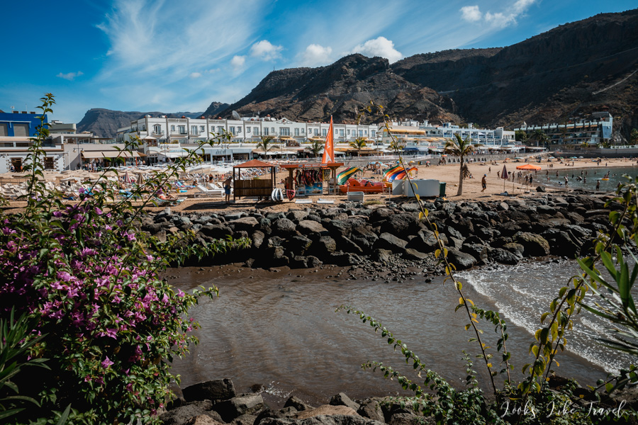 Puerto de Mogan, view of the beach