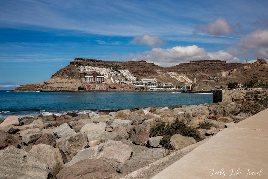 widok na plażę Playa de Tauro
