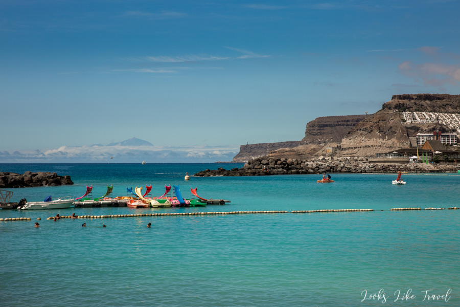 Playa de Amadores- widok na Teneryfę