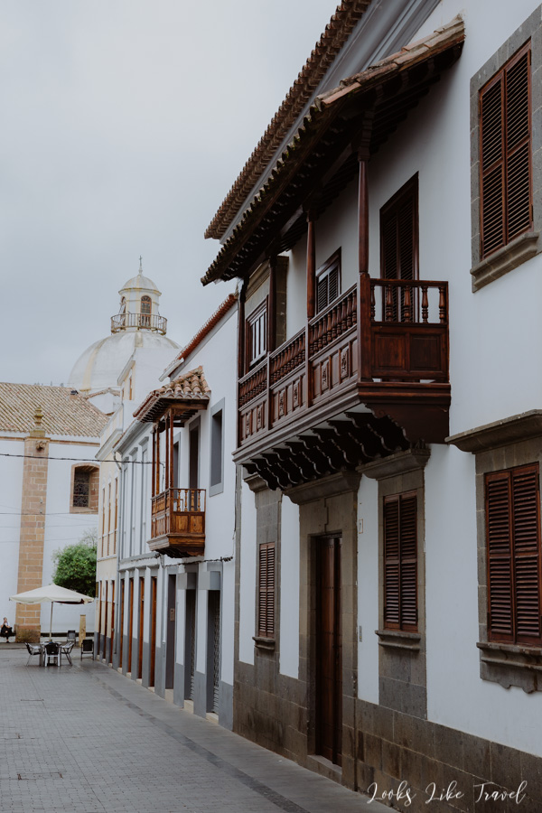 wooden balconies, Gran Canaria