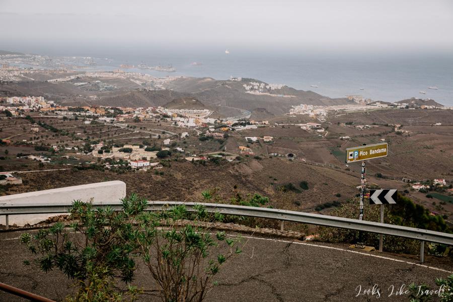 Pico De Bandama - driving to the top