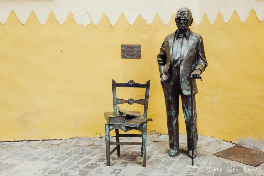 statue of a man at the Casa de Colón