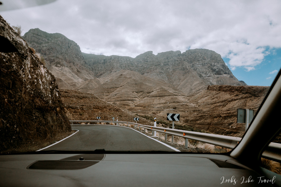 by car through Gran Canaria