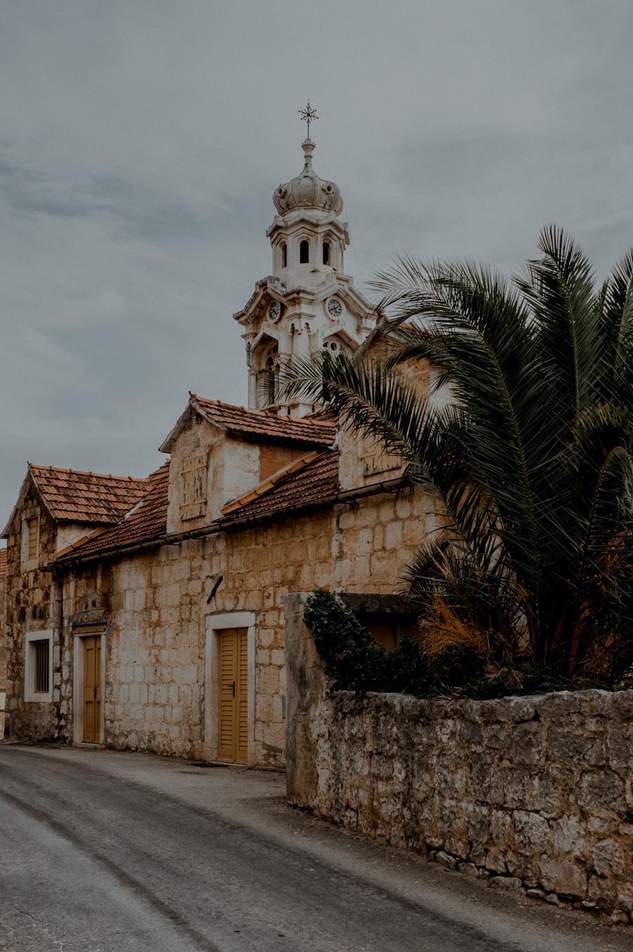 najpiękniejszy zabytek na wyspie Brač