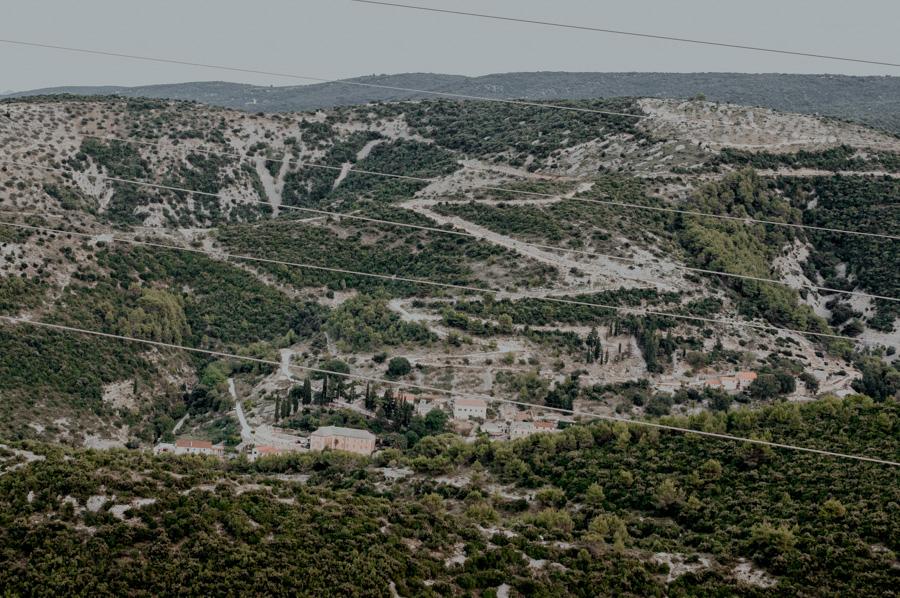 Škrip, widok na Dol