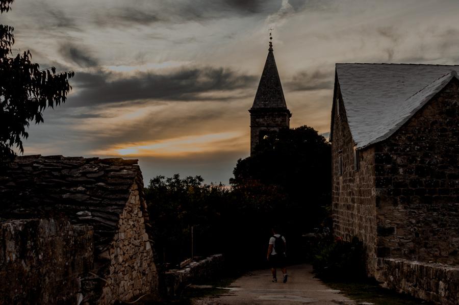zachód słońca w Chorwacji, Škrip