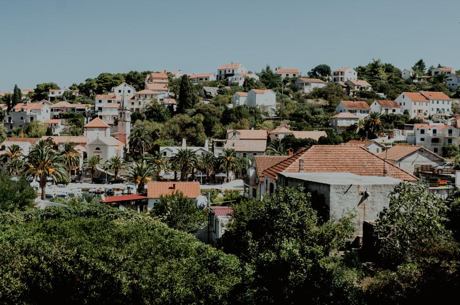 Splitska- widok na zabudowania miasta