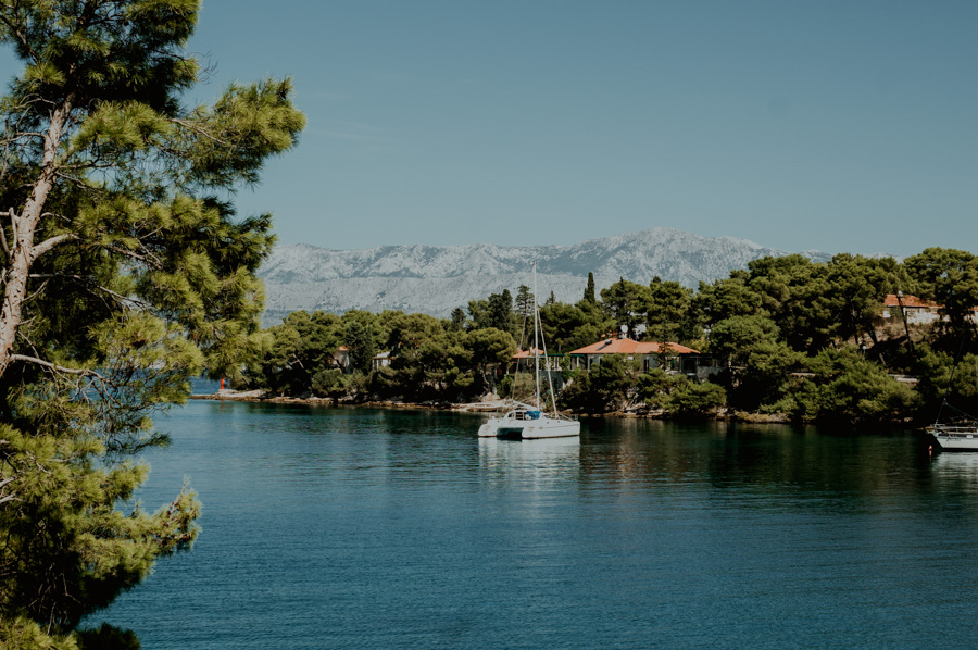 Splitska, Morze Adriatyckie