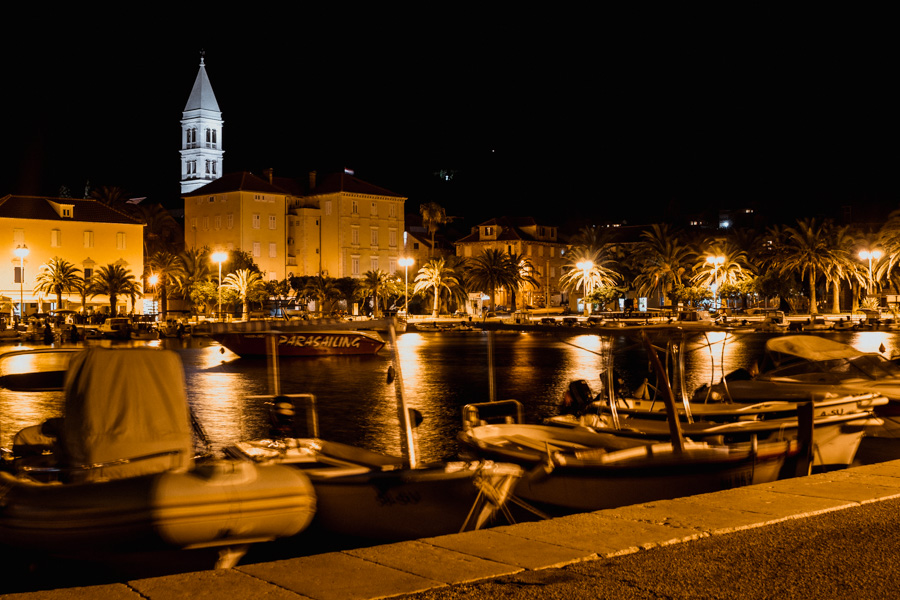 port and bay at night in Supetar