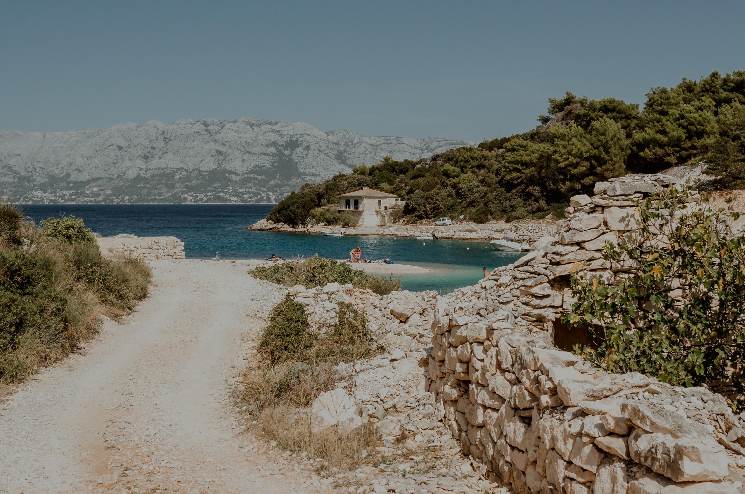 Chorwacja, wyspa Brač, dzień 6- Vidova Gora, Povlja i Tičja Luka, zatoka Lovrečina