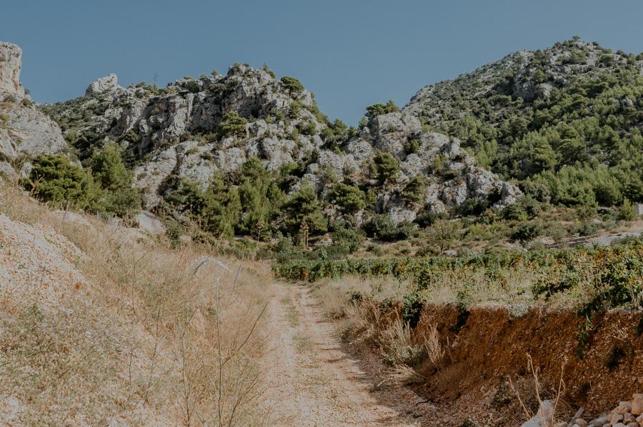 Murvica, gravel road