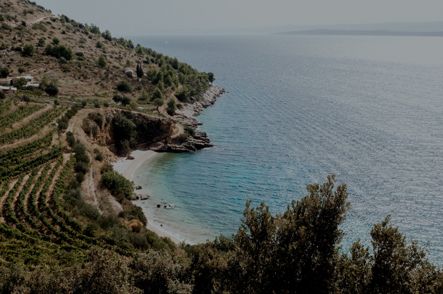 Uvala Veli Zagradac, empty beaches on the Brač island