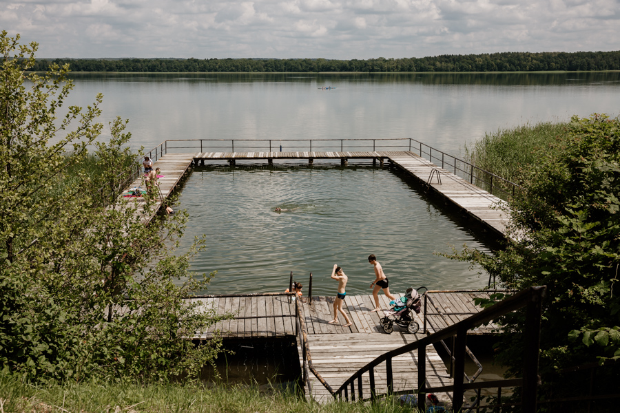 Dąbrówno - a place for a bath, a city beach