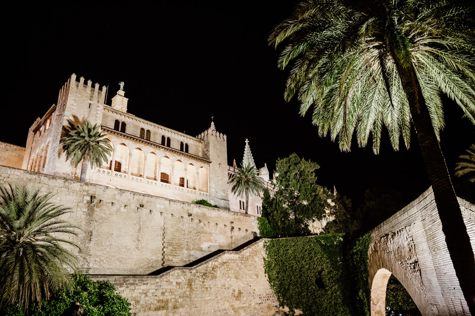 Palma de Mallorca- cathedral at night