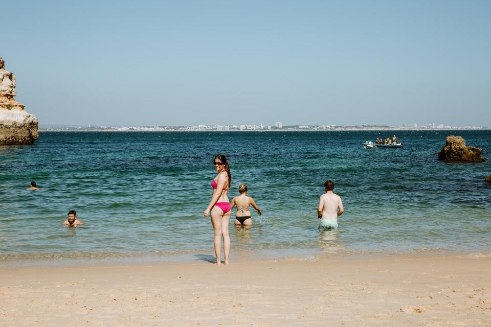 Lagos, Praia do Camilo, bathing