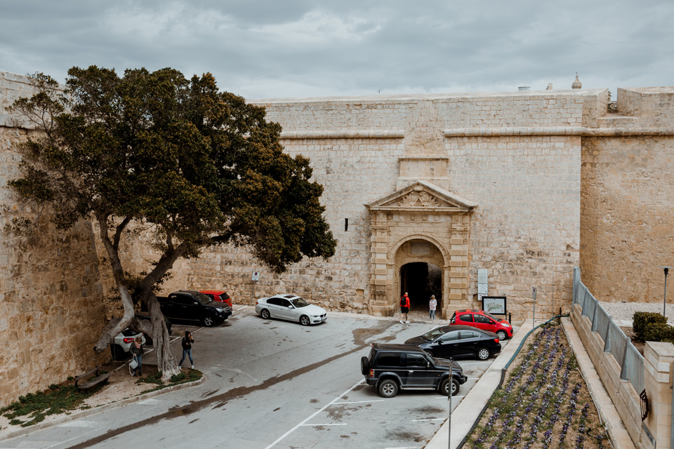Malta, gate in front of Mdina city