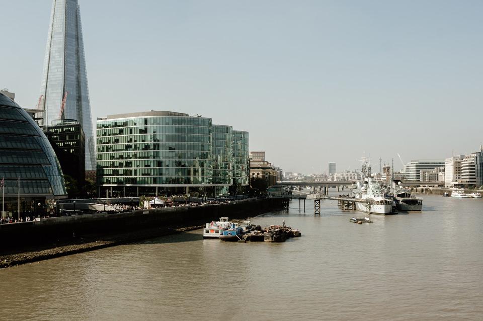 Londyn, views from Tower Bridge