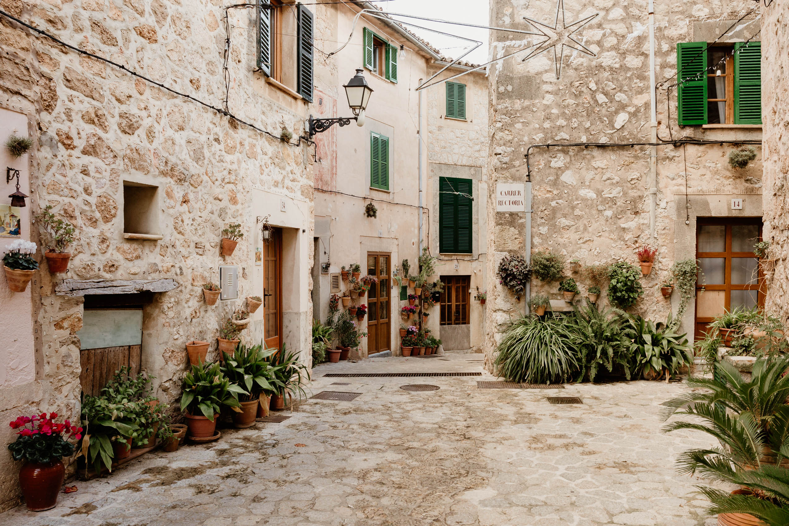 Mallorca, part 2- Soller, Port de Soller, Deia, Valdemossa