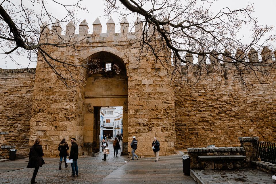 Cordoba, Puerta de Almodovar