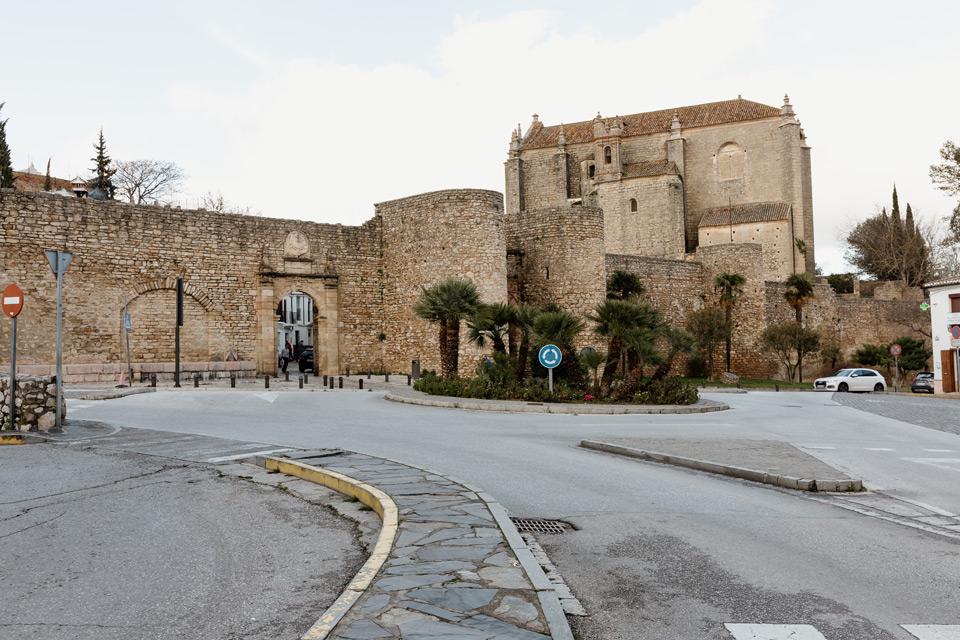 Ronda, Puerta de Almocabar