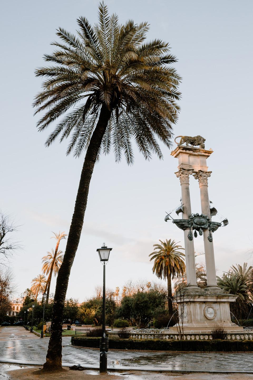 Seville, Monumento a Cristóbal Colón